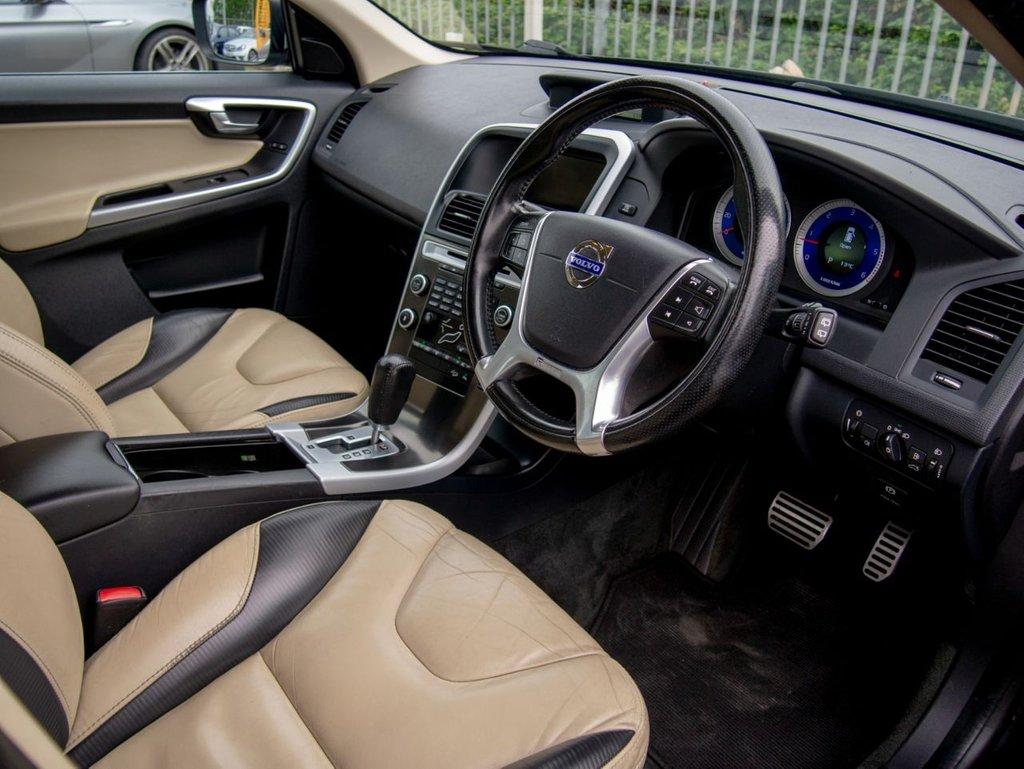 USED 2010 10 VOLVO XC60 2.4 D5 R-DESIGN SE PREMIUM AWD 5d AUTO 205 BHP