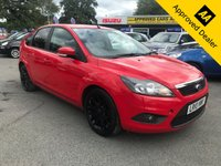 USED 2010 10 FORD FOCUS 1.8 ZETEC 5d 125 BHP IN BRIGHT RED  WITH SAT NAV AND ONLY 60000 MILES IN IMMACULATE CONDITION. ULEZ COMPLIANT  APPROVED CARS ARE PLEASED TO OFFER THIS  FORD FOCUS 1.8 ZETEC 5d 125 BHP IN BRIGHT RED WITH ONLY 60000 MILES IN IMMACULATE CONDITION INSIDE AND OUT WITH A GOOD SPEC INCLUDING SAT NAV AND ONLY 1 OWNER WITH A FULL SERVICE HISTORY WITH ALL THE SERVICE BILLS,A GREAT MID SIZED FAMILY CAR WITH LOW MILEAGE.