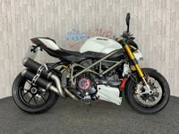 2011 DUCATI STREETFIGHTER STREETFIGHTER S 1100 LOW MILEAGE  CARBON PARTS 2011 11 £7990.00