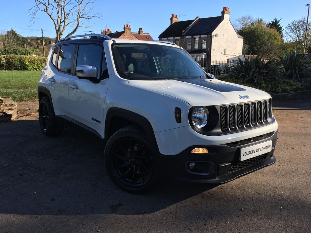 USED 2015 15 JEEP RENEGADE 1.4 LIMITED 5d 138 BHP JUST SERVICED