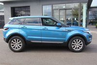 USED 2014 14 LAND ROVER RANGE ROVER EVOQUE 2.2 ED4 PURE TECH 5d 150 BHP STUNNING LIGHT BLUE METALLIC PAINT, LUXURY EBONY LEATHER, HEATED SEATS, PRIVACY GLASS, TECH PACK, SAT NAV, A/C, FRONT AND REAR PARKING SENSORS, CRUISE CONTROL, 2 OWNERS, LOW MILEAGE, FULL L/R HISTORY
