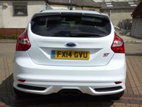 USED 2014 14 FORD FOCUS 2.0 ST-2 5d 247 BHP
