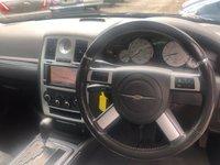 USED 2010 60 CHRYSLER 300C 3.0 CRD SRT 4d AUTO 215 BHP FINANCE ME, FSH, LONG MOT, SRT