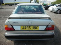 USED 1992 MERCEDES-BENZ E CLASS 3.0 300 E 4d AUTO 188 BHP Low mileage - Appreciating modern classic