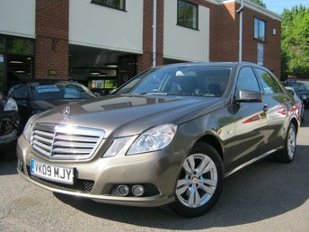 2009 MERCEDES-BENZ E CLASS 2.1 E220 CDI BLUEEFFICIENCY SE 4d AUTO 170 BHP £5995.00