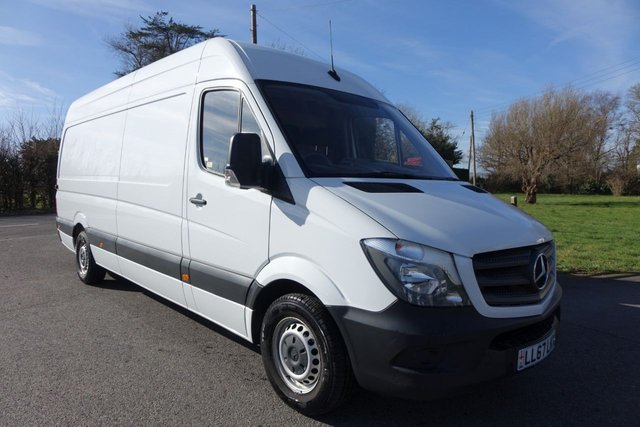 View our MERCEDES-BENZ SPRINTER