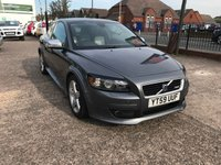 USED 2009 59 VOLVO C30 1.6 D DRIVE R-DESIGN 3d 109 BHP £30 PER YEAR ROAD TAX-DIESEL-HALF LEATHER-HEATED SEATS-ALLOYS-R DESIGN BODY KIT
