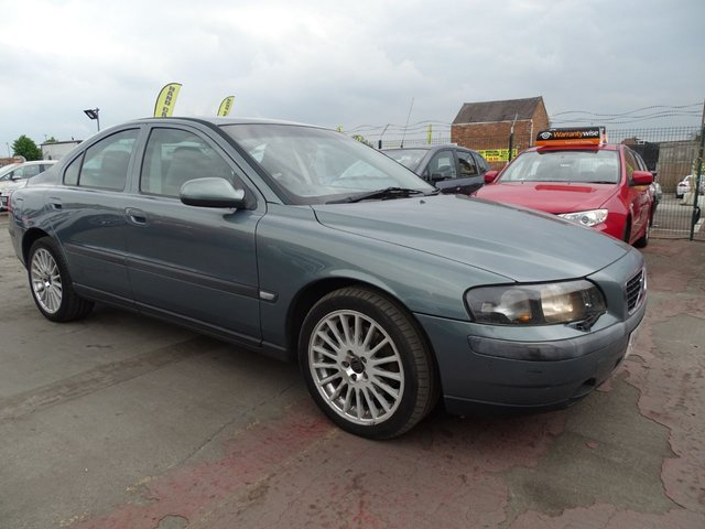 USED 2001 VOLVO S60 2.0 S T 4d AUTOMATIC PX TO CLEAR