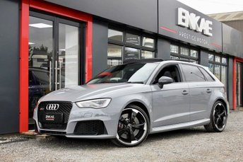 2015 AUDI RS3 2.5 RS3 SPORTBACK QUATTRO NAV 5d AUTO 362 BHP BANK HOLIDAY SALE £35995.00