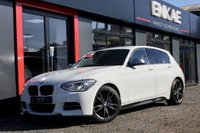USED 2013 63 BMW 1 SERIES 3.0 M135I 5d 316 BHP M PERFORMANCE*HARMAN KARDON SOUND SYSTEM**SAT NAV*RED LEATHER HEATED SEATS*FOLDING MIRRORS*PRO SAT NAV*PRIVACY GLASS*