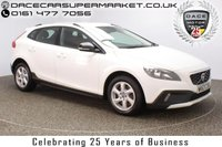 USED 2013 63 VOLVO V40 2.0 D3 CROSS COUNTRY SE 5DR HALF LEATHER SEATS 148 BHP SERVICE HISTORY + £30 12 MONTHS ROAD TAX + HALF LEATHER SEATS + BLUETOOTH + CRUISE CONTROL + CLIMATE CONTROL + MULTI FUNCTION WHEEL + DAB RADIO + ELECTRIC WINDOWS + RADIO/CD/USB + ELECTRIC MIRRORS + 16 INCH ALLOY WHEELS
