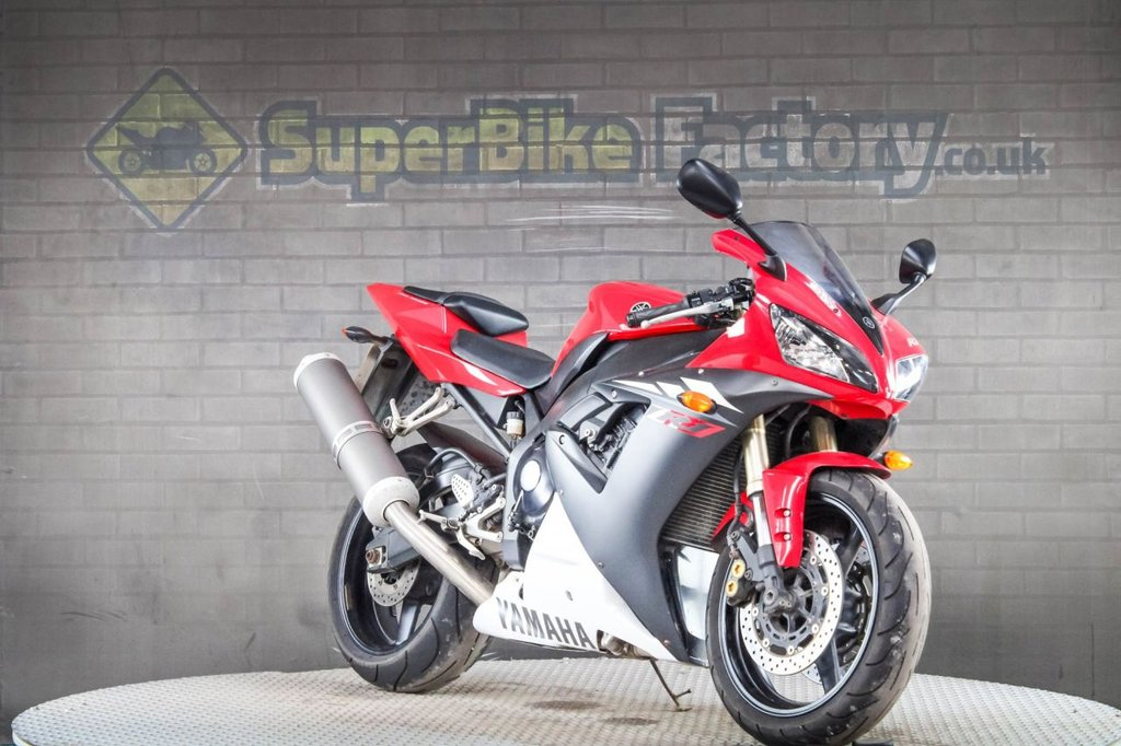 2004 Yamaha R1 Yzf R1 05 £3,687