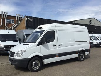 2014 MERCEDES-BENZ SPRINTER 2.1 313CDI MWB HIGH ROOF FRIDGE FREEZER STANDBY PLUG IN. PX £5990.00