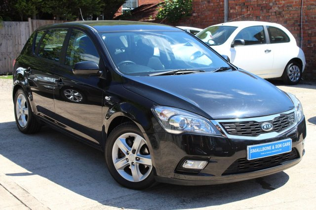 USED 2009 59 KIA CEED 1.6 2 ECODYNAMICS 5d 125 BHP **** EXCELLENT CONDITION AND VALUE ****