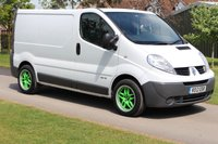 USED 2012 12 RENAULT TRAFIC 2.0 SL27 DCI S/R 1d 115 BHP Full History - 2 keepers - Trade sale - + Sat NAV -