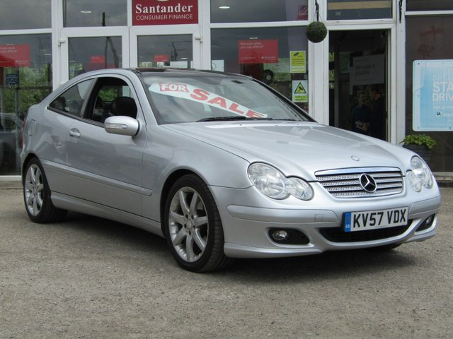 2007 57 MERCEDES-BENZ C CLASS 1.8 C200 KOMPRESSOR SE SPORTS 3d AUTO 161 BHP