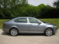 USED 2012 62 SKODA OCTAVIA 2.0TDI Laurin & Klement DSG Auto Hatchback In Grey With Full Leather