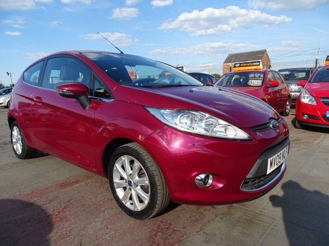 USED 2009 09 FORD FIESTA 1.2 ZETEC GREAT FIRST CAR