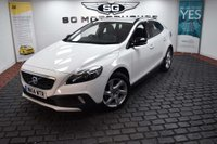 USED 2014 14 VOLVO V40 1.6 D2 Lux Powershift 5dr AUTOMATIC, LOW MILES, FSH