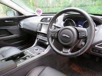 USED 2015 15 JAGUAR XE 2.0 GTDI PRESTIGE 4d AUTO 197 BHP