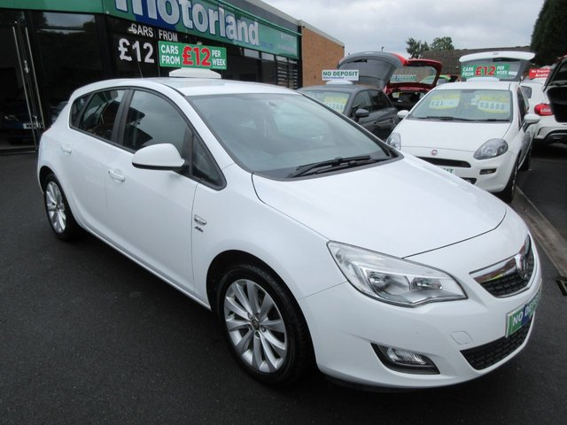 USED 2012 12 VAUXHALL ASTRA 1.4 ACTIVE 5d 98 BHP **FULL SERVICE HISTORY** NO DEPOSIT DEALS 01543 379066