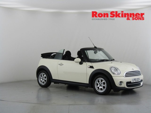 View our 2015 15 MINI CONVERTIBLE 1.6 COOPER 2d 122 BHP