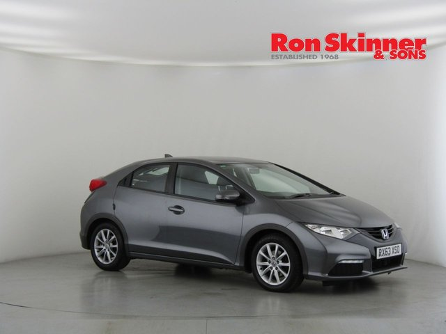 View our 2013 63 HONDA CIVIC 1.8 I-VTEC SE 5d 140 BHP