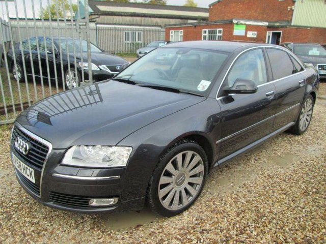 2008 58 AUDI A8 3.0 TDI QUATTRO SE 4DR TIP AUTO FACELIFT + FULL SERVICE HISTORY + £££££££'S XTRAS!!!!!