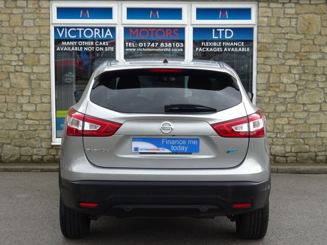 NISSAN QASHQAI at Victoria Motors Ltd