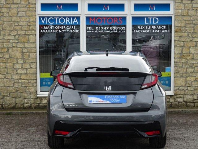 HONDA CIVIC at Victoria Motors Ltd