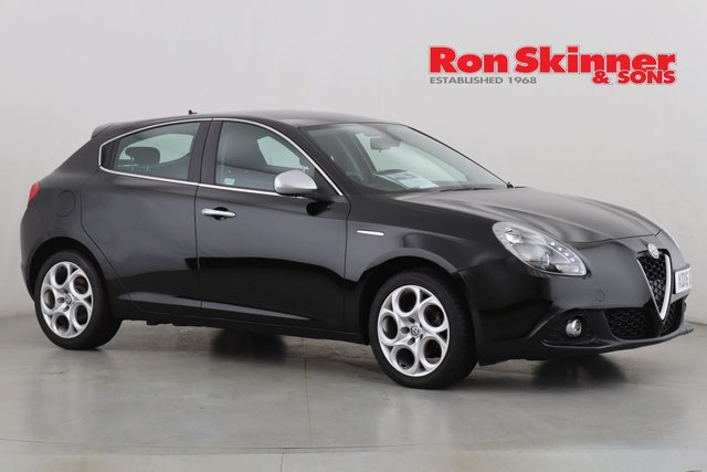 View our 2016 16 ALFA ROMEO GIULIETTA 1.6 JTDM-2 SUPER 5d 120 BHP