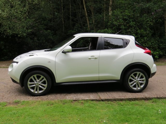 USED 2012 12 NISSAN JUKE 1.6 TEKNA 5d AUTO 117 BHP NEW MOT, TAX*PX&FINANCE WELCOME. UK DELIVERY POSSIBLE.HD VIDEO