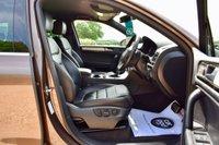 USED 2013 13 VOLKSWAGEN TOUAREG 3.0 V6 ALTITUDE TDI BLUEMOTION TECHNOLOGY 5d AUTO 242 BHP FSH, NEW MOT & TYRES, SAT-NAV, HEATED SEATS & STEERING WHEEL!!