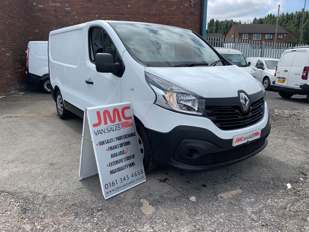 USED 2015 15 RENAULT TRAFIC 1.6 SL29 BUSINESS DCI 115 BHP 1 OWNER FROM NEW FULL SERVICE HISTORY 40 + VANS IN STOCK SAME DAY LOW RATE FINANCE AVAILABLE