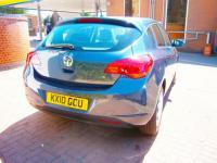 USED 2010 10 VAUXHALL ASTRA 1.6 i VVT 16v Exclusiv 5dr NEWER SHAPE