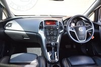 USED 2011 11 VAUXHALL ASTRA 1.6 ELITE 5d AUTO 113 BHP WE OFFER FINANCE ON THIS CAR