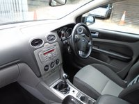 USED 2009 59 FORD FOCUS 1.6 ZETEC 5d 100 BHP