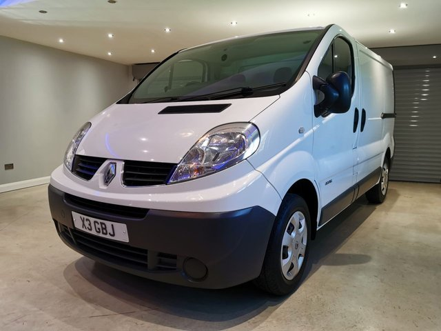 USED 2013 63 RENAULT TRAFIC 2.0 SL27 DCI S/R P/V 1d 115 BHP NO VAT + PLY LINED + BLUETOOTH