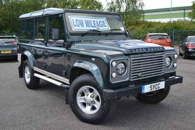USED 2013 F LAND ROVER DEFENDER 2.2 TD COUNTY UTILITY WAGON 5d 122 BHP TOMB RAIDER SIDE BARS ~ CHEQUER PLATE ~ UPGRADE LIGHTS