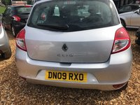 USED 2009 09 RENAULT CLIO 1.1 DYNAMIQUE 16V 3d 74 BHP GREAT FOR A FIRST TIME DRIVER, LOW INSURANCE AND ROAD TAX: