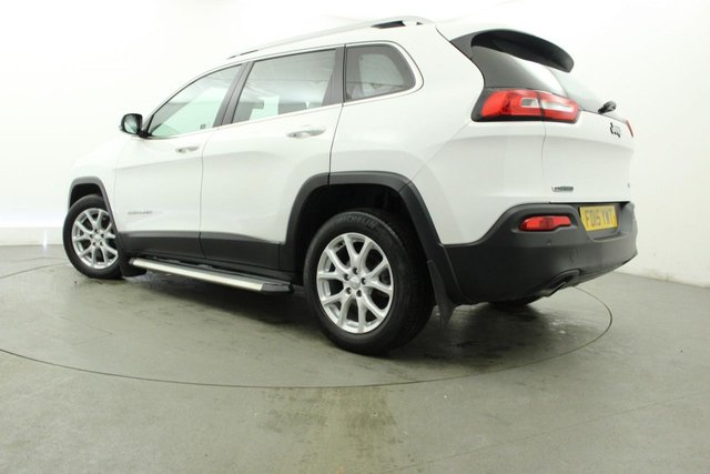 JEEP CHEROKEE at Georgesons