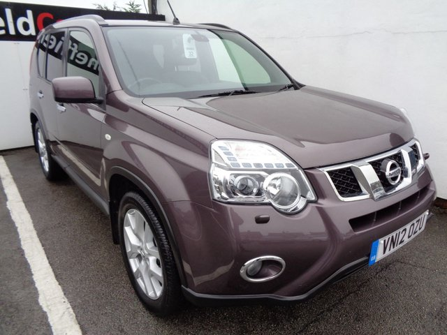 USED 2012 12 NISSAN X-TRAIL 2.0 TEKNA DCI 5 door 171 BHP beige satellite navigation leather trim panoramic roof privacy glass climate control alloy wheels