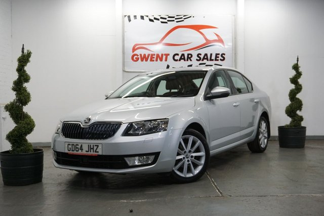 USED 2015 64 SKODA OCTAVIA 1.6 ELEGANCE TDI CR DSG 5d AUTO 104 BHP LOW MILES  GREAT LOW MIEAGE EXAMPLE WITH HALF LEATHER,+  AMAZING M.P.G
