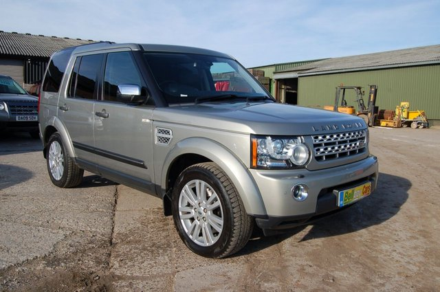 2013 62 LAND ROVER DISCOVERY REAR SEATS CREW CAB STUNNING CONDITION FSH