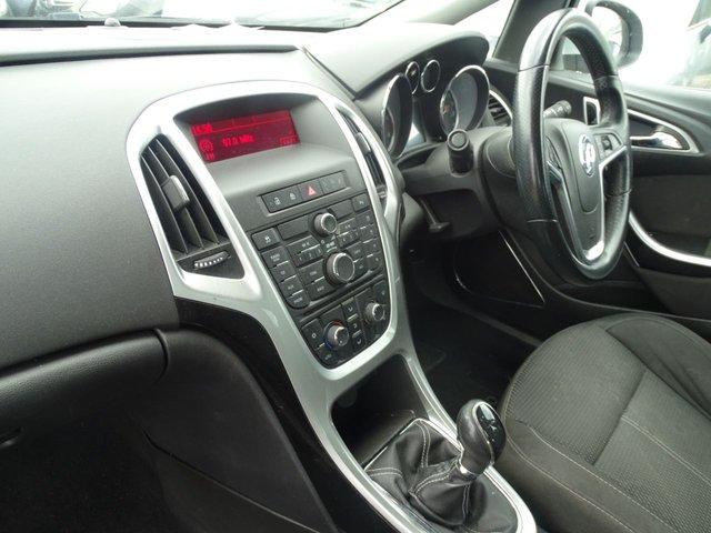 USED 2010 60 VAUXHALL ASTRA 1.7 SRI CDTI GREAT SPEC DRIVES A1