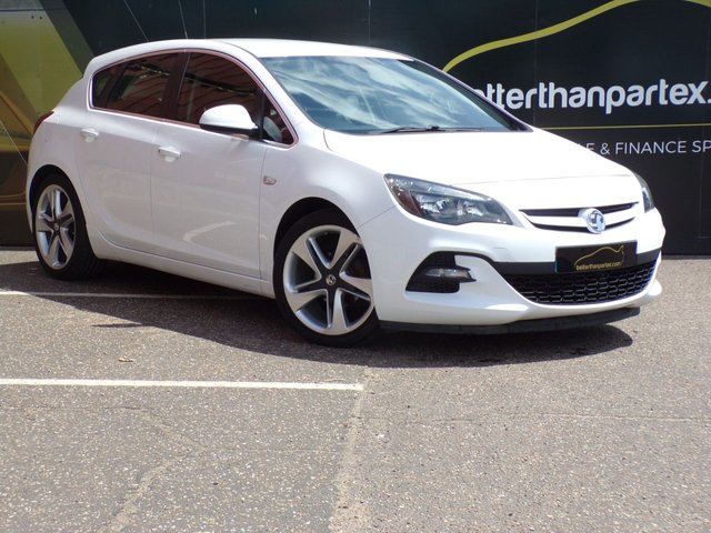 2015 15 VAUXHALL ASTRA 1.4 LIMITED EDITION 5d 140 BHP