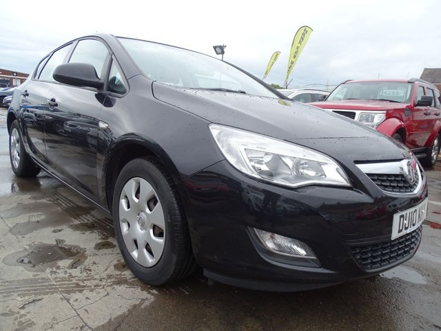 USED 2010 10 VAUXHALL ASTRA 1.6 EXCLUSIV GOOD SERVICE