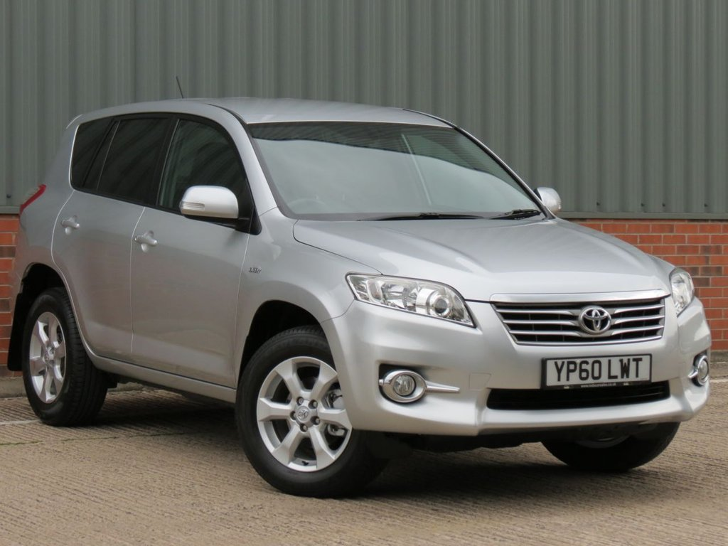 USED 2011 60 TOYOTA RAV4 2.2 XT-R D-CAT 5d AUTO 150 BHP ONE OWNE FROM NEW LOW MILEAGE EXAMPLE