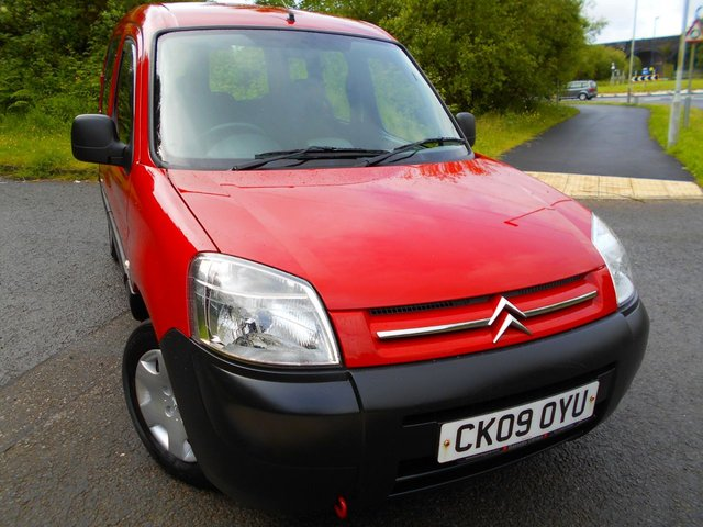 2009 09 CITROEN BERLINGO 1.4 FIRST 5d 74 BHP ** ONE OWNER , YES ONLY 54K , 5 SPEED , PETROL, LOVELY VEHICLE THROUGHOUT **
