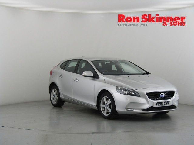 View our 2016 16 VOLVO V40 2.0 T2 ES 5d 120 BHP